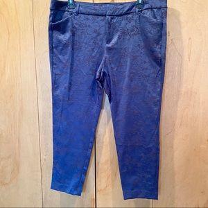Sz 18 Old Navy Blue Jacquard print pixie pant